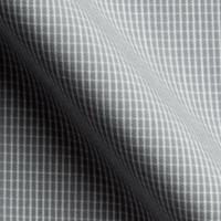 グレイをベースに、白のチェックのラインが入っています。サラサラとした生地感が印象的です。