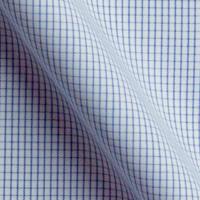 白をベースに、淡いブルーのチェックのラインが入っています。サラサラとした生地感で、生地感もこだわるあなたにうってつけ!