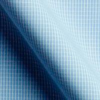 明るいブルーをベースに、白のチェックのラインが入っています。サラサラとした生地感に、明るいブルー。どう着こなすかは、あなた次第!