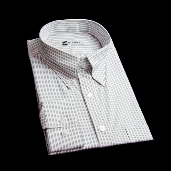 ストライプ柄のボタンダウンシャツはカジュアルさもあり着回しさが抜群の1枚!!