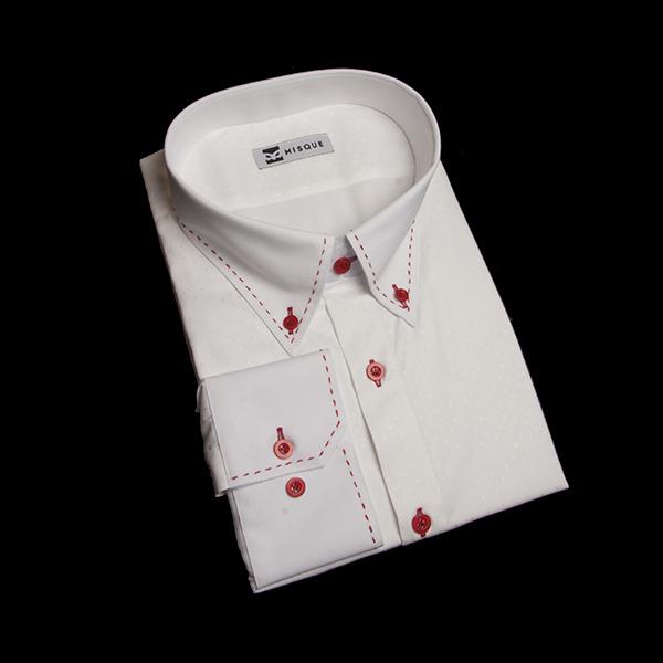 レッドボタン&ステッチのホワイトシャツ