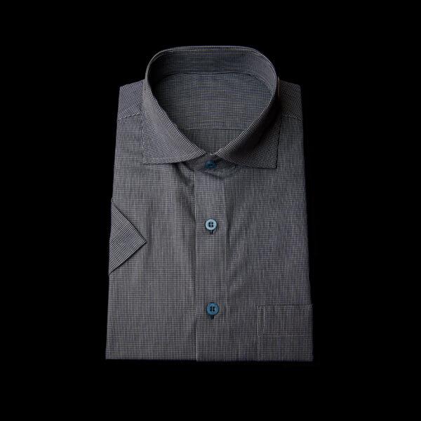 ブラック黒格子の半袖ワイシャツ(ネイビーボタン、ワイドカラー)