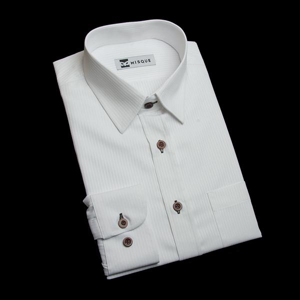 ホワイトストライプのブラウンボタンシャツ