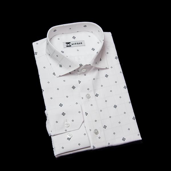 オフホワイトの無地柄 レギュラーカラー レギュラー 角落ち(カットオフ)のワイシャツ
