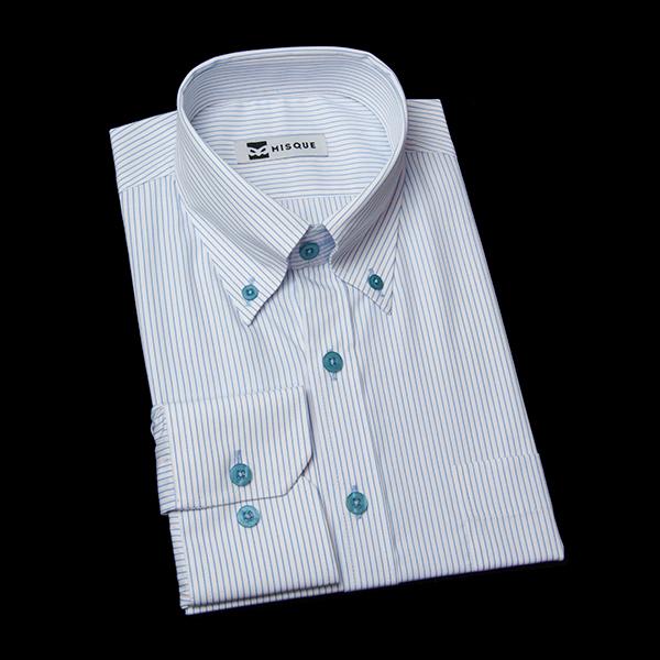 水色ストライプのボタンダウンシャツ