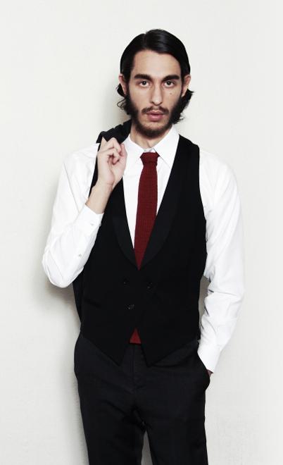 オーダーシャツで魅力あるビジネスマンに